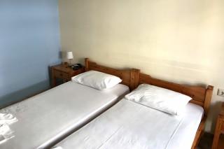 two bedroom apartment neapolis