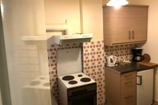 two bedroom apartment neapolis kitchenette